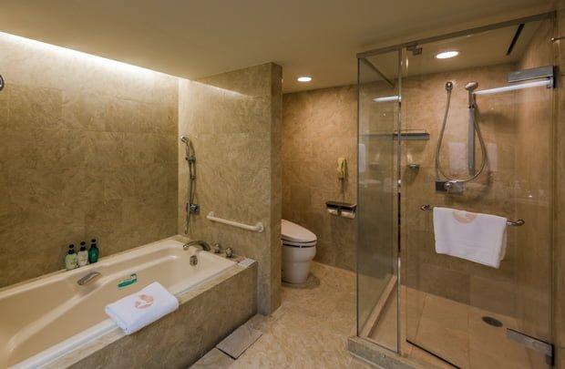 hotel-okura-tokyo-bay-disneyland-disney-sea-resorts-151