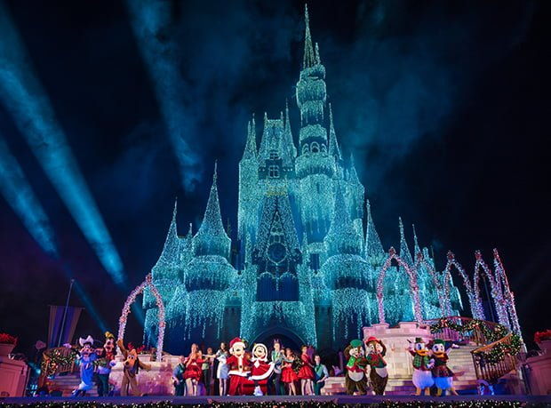 December 2018 at disney world disney tourist blog december 2018 park hours wont be released until around july 2018 but expect the schedule to have some really early closing times publicscrutiny Images