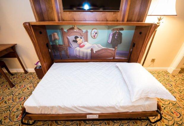 shanghai-disneyland-hotel-room-interior-016