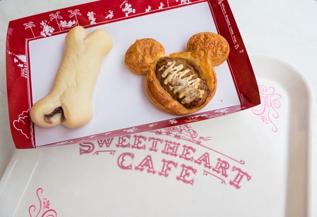 sweetheart-cafe-tokyo-disneyland-bakery-175