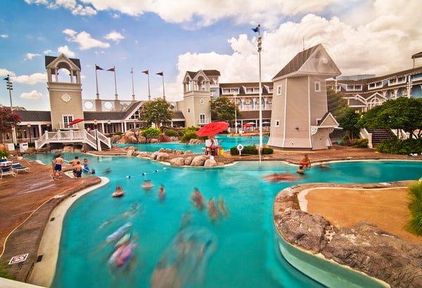 Disney Yacht And Beach Club Hotel