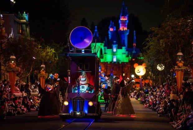 Photos & Recap: 2017 Disneyland Halloween Party - Disney Tourist Blog