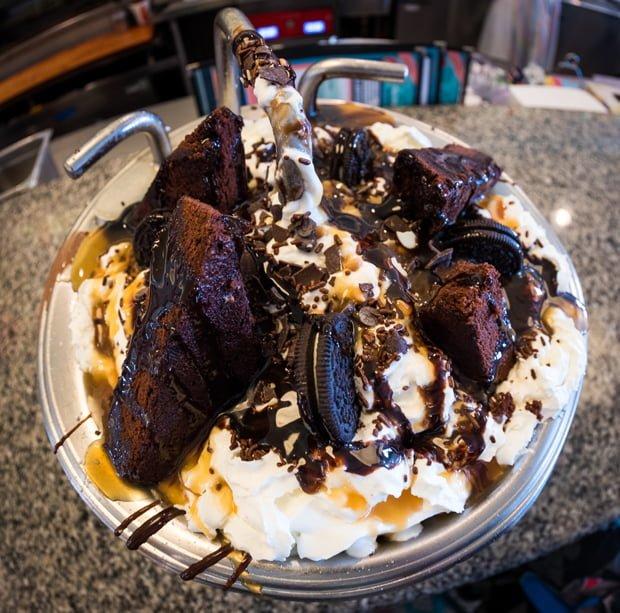 Chocolate Lover S Kitchen Sink At Beaches Cream Disney Tourist Blog