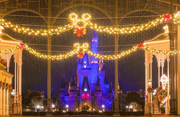 christmas fantasy is the seasonal event at tokyo disneyland during november and december in this post we offer tips for experiencing the christmas stories - When Does Disneyland Decorate For Christmas 2017