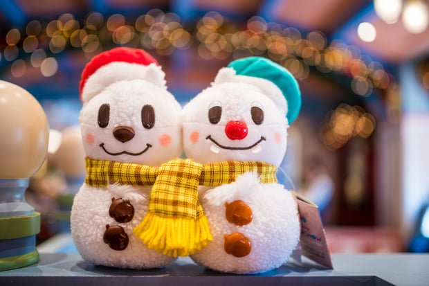 wondering what gifts to get the disney fan in your life our christmas gift guide features the coolest travel gadgets best books hottest toys