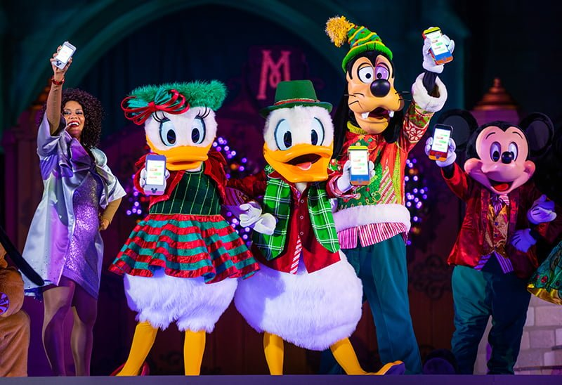 Merry Christmas Disney.Mickey S Very Merry Christmas Party 2018 Photo Report
