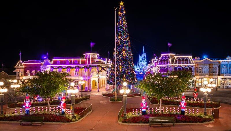 Christmas Decorations Disney World 2020 When Do Christmas Decorations Go Up at Disney World?   Disney