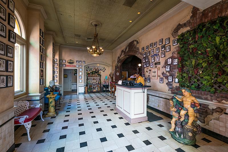 Mama Melrose's Ristorante Italiano Review - Disney Tourist Blog
