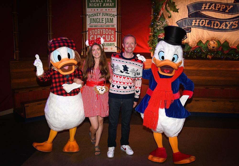 Mickey's Very Merry Christmas Party: 2019 Rainy Day Report - Disney Tourist Blog