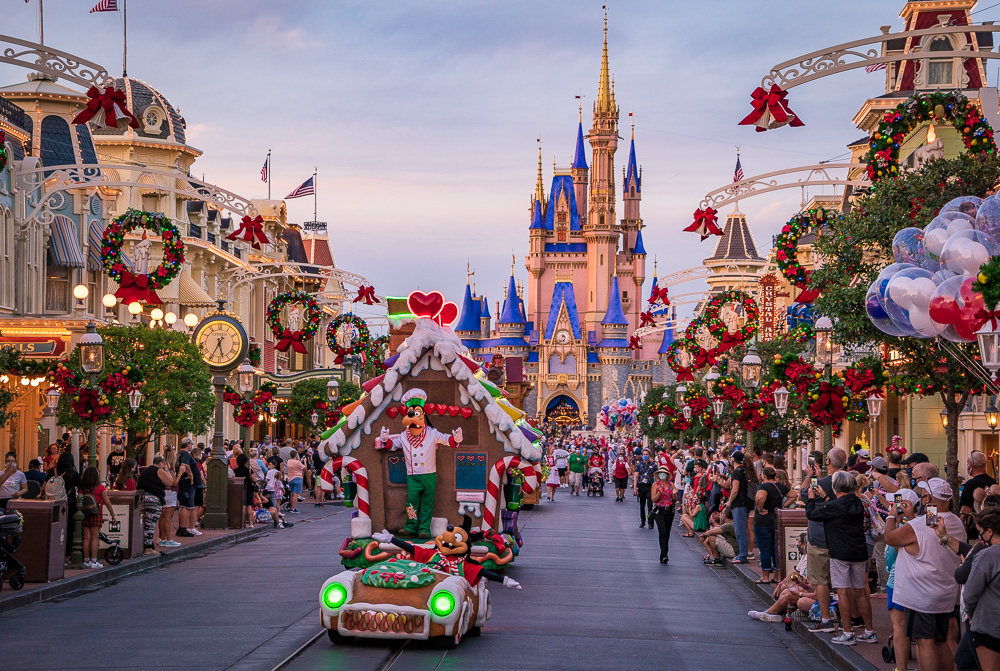 Disney World Christmas 2020 Ultimate Guide   Disney Tourist Blog