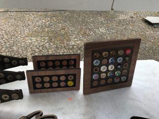 Painel retangular e quadrado para colecionar tampinhas e expor ou pendurar