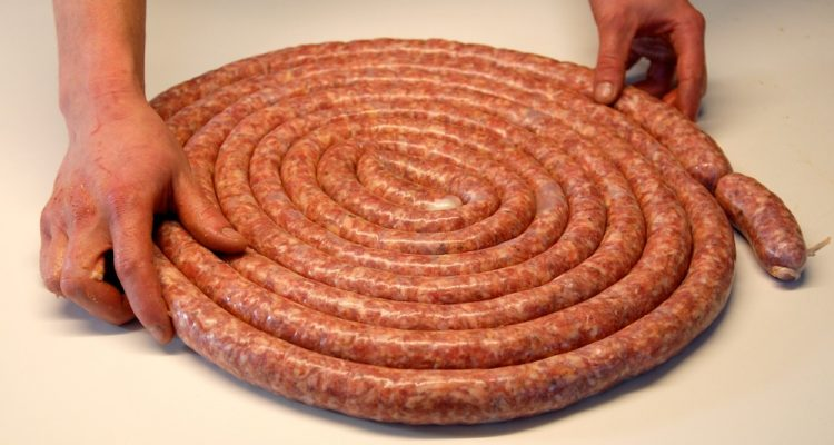 Falsi miti sulla salsiccia di Bra  Dissapore