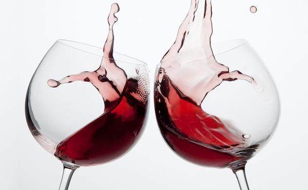 Offre vino agli studenti in gita Insegnante licenziata  Dissapore
