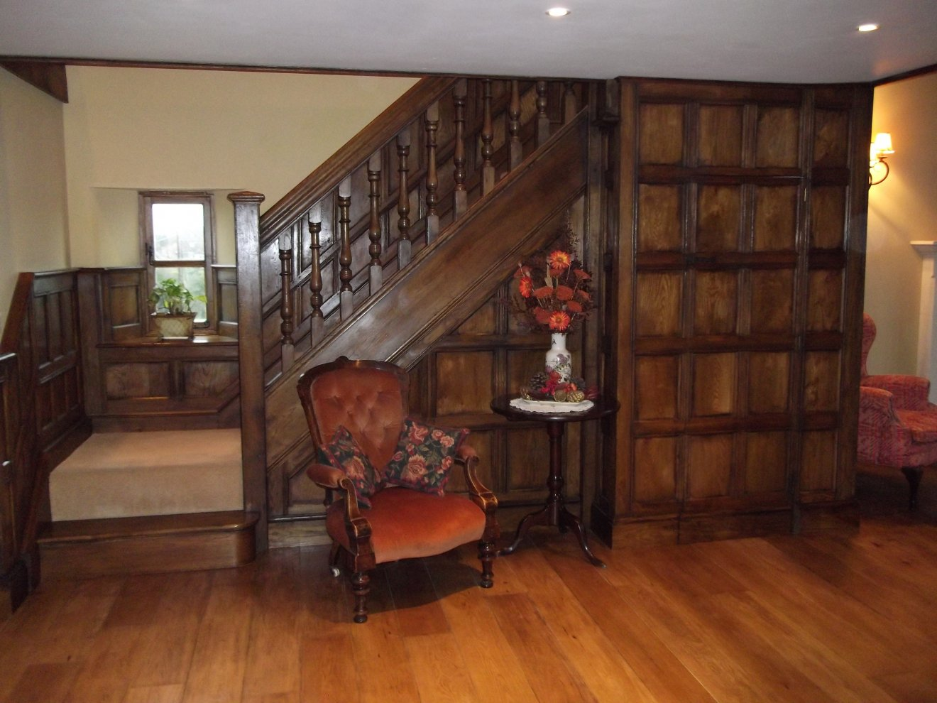 Oak Panelling  Panelled Rooms  Distinctive Country Furniture Limited  Makers of Period