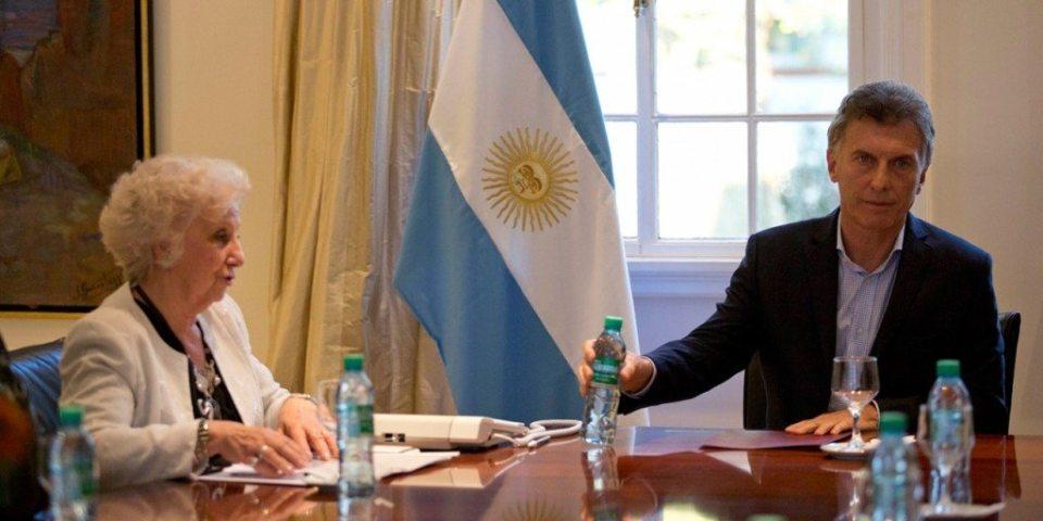 Estela Carlotto y Mauricio Macri