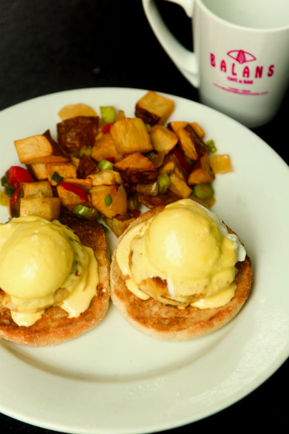 Eggs Benedict at Balans in Mary Brickell Village