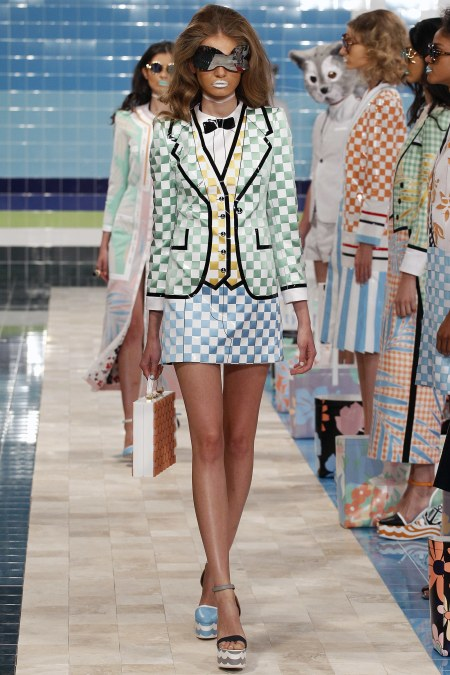 1950s-inspired get-ups with mismatched heels and retro sunglasses were seen at Thom Browne. Source: Vogue Magazine.