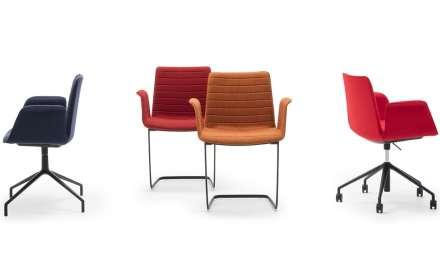 Flex Armchair, innovador asiento de Cazzaniga producido por Andreu World