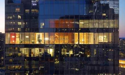 Alvisi Kirimoto transforma el piso 32 de un rascacielos en Chicago