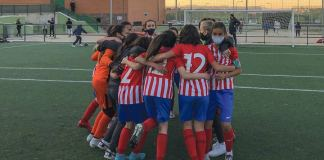 La celebración de las ganadoras del Torneo. L. Jiménez