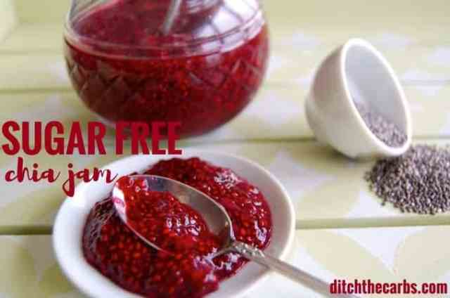 Super easy recipe for sugar free chia jam. Use on low carb bread, on cakes, on cookies or inside a mug cake. | ditchthecarbs.com