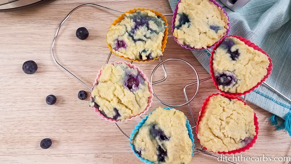 Yum! Instant Pot Blueberry muffins that are low-carb and keto friendly! #instantpotblueberrymuffins #instantpot #ditchthecarbs #lowcarb #keto #glutenfree #sugarfree #healthyrecipes #familymeals