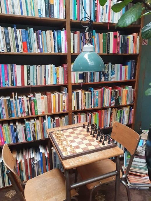 Bookstor Den haag