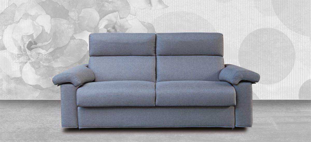 Collezione di divani angolari, con penisola, lineari, in pelle o tessuto. Divani Design