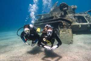 Divers at underwater tank Duster M42 aqaba