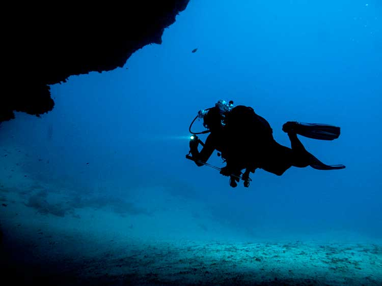 Deep diving, specialty Dive College Lanzarote, Playa Blanca
