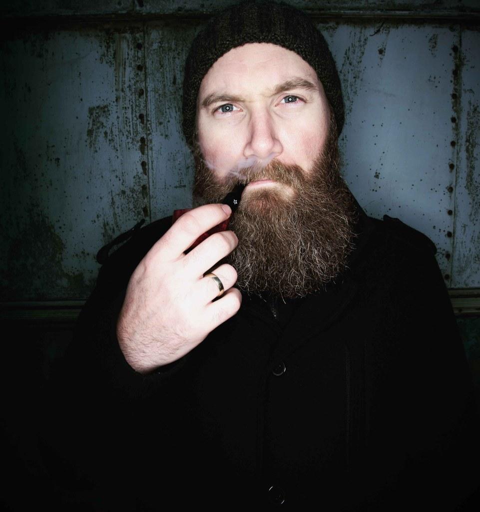 Runar har bygd opp Graabein fra bunnen av. I år omsetter han skjeggprodukter for nærmere en million kroner.