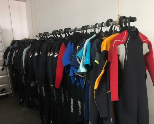 Dive suits diveria