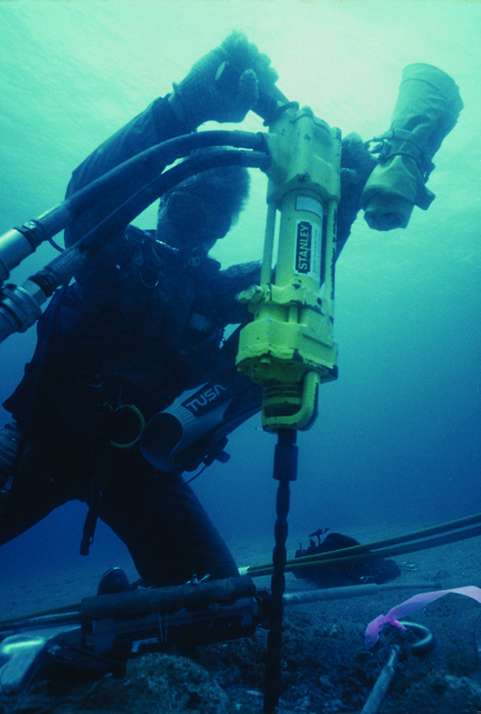 Slicing Amp Dicing Operating Underwater Chainsaws