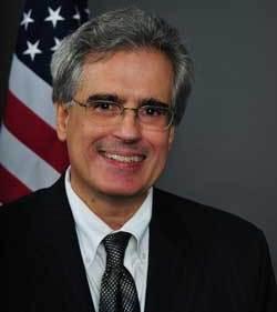Luis Aguilar, SEC