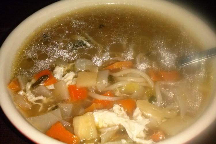 Sopa china con minestrone.