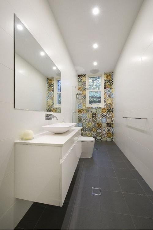 25+ Most Brilliant Long Narrow Bathroom Ideas That'll Drop