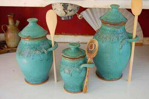 7 Lovely Turquoise Kitchen Canisters Under 30000
