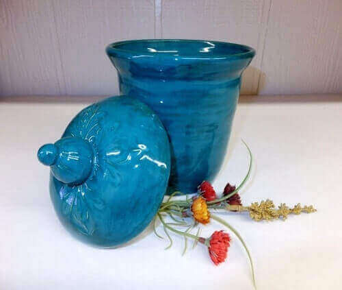 kitchen pottery canisters apartment table 7+ lovely turquoise under $300.00