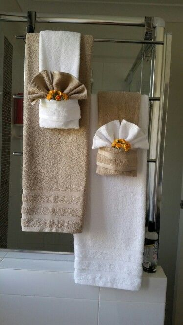 25 Creatively Easy Decorative Towels For Bathroom Ideas