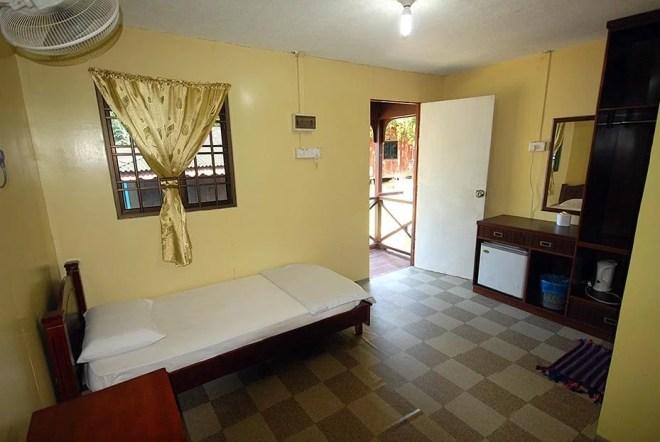 Salang Indah Resort - Standard A/C room