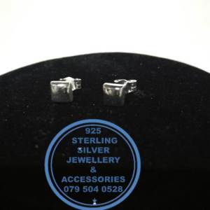 925 Sterling Silver Earring - Stunning Silver Chunky Sqaure Stud Earrings - 1 pair Prices Excludes National delivery to your door at a nominal fee.