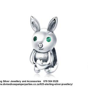 925 Sterling Silver Cute Bunny Charm. Pandora Compatible