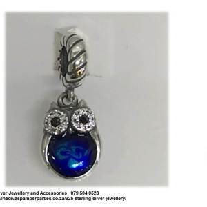 925 Sterling Silver Cz Cubic Detail Blue Belly Owl Charm Bead. Pandora Compatible