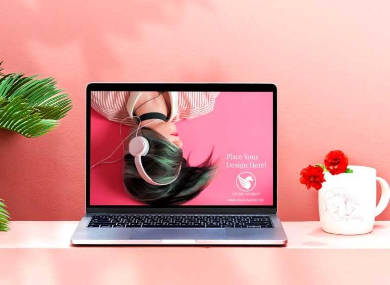 Download Free MacBook Pro PSD Mockup by Divine Works