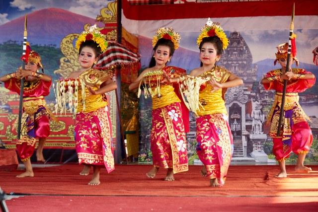 Фестиваль культуры в Амеде