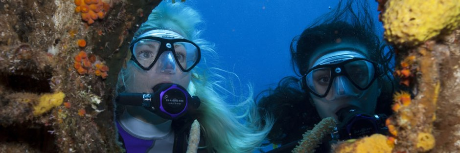 Scuba Gear - Divers in Thailand