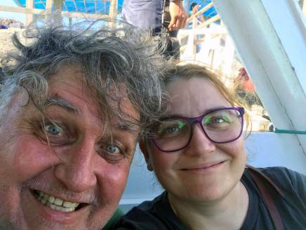galapagos-tourists