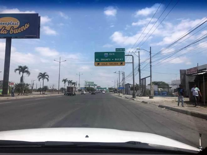 Fahrt von Guayaquil nach Cuenca auf der Panamericana