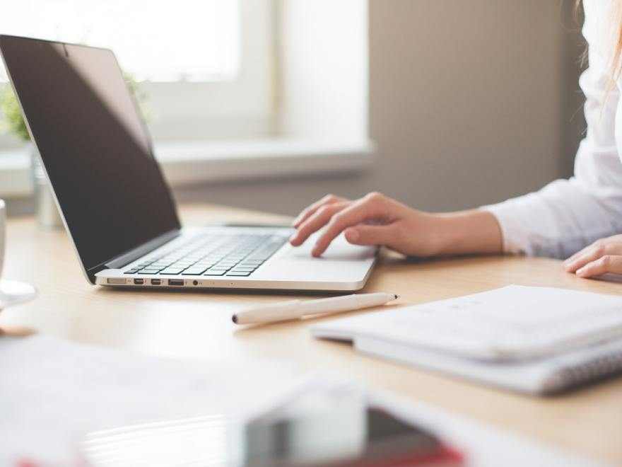 3 Tips for Designers & Developers who have a Desk Job
