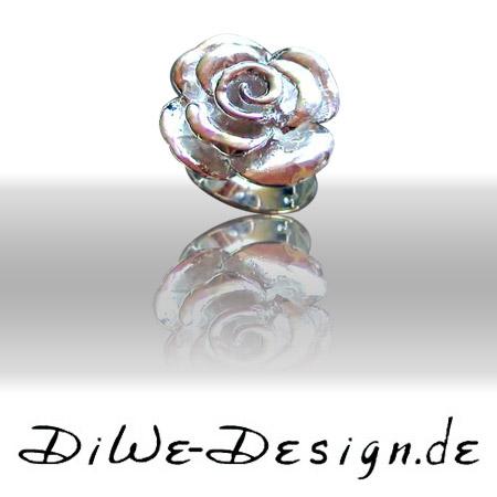 Ring aus Silber Rosen Design Schmiedekunst pur